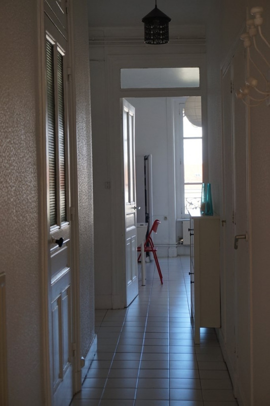 Location appartement Lyon 6ème 875€ CC - Photo 4