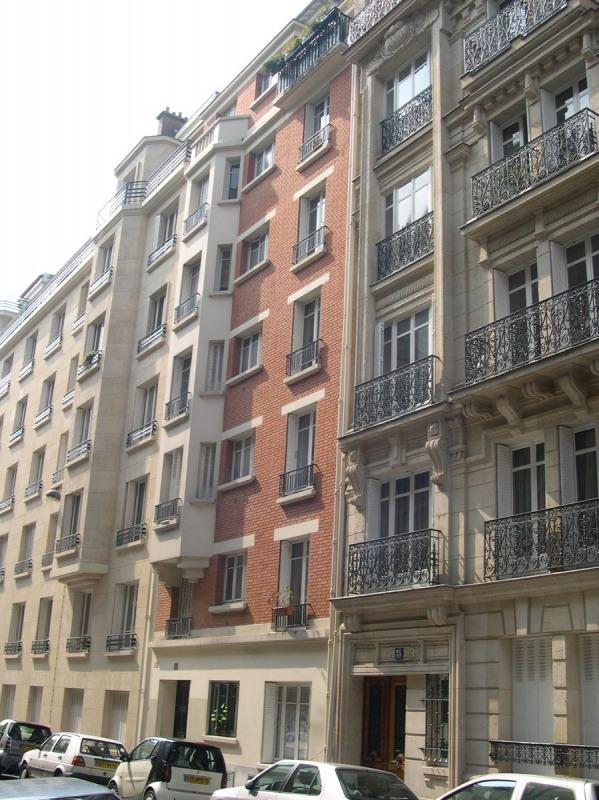 Rental apartment Paris 16ème 925€ CC - Picture 1