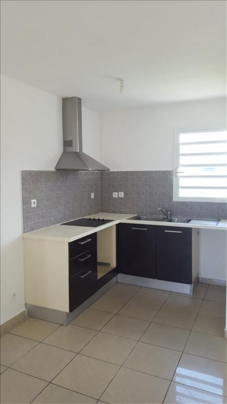 Rental apartment St pierre 594€ CC - Picture 2