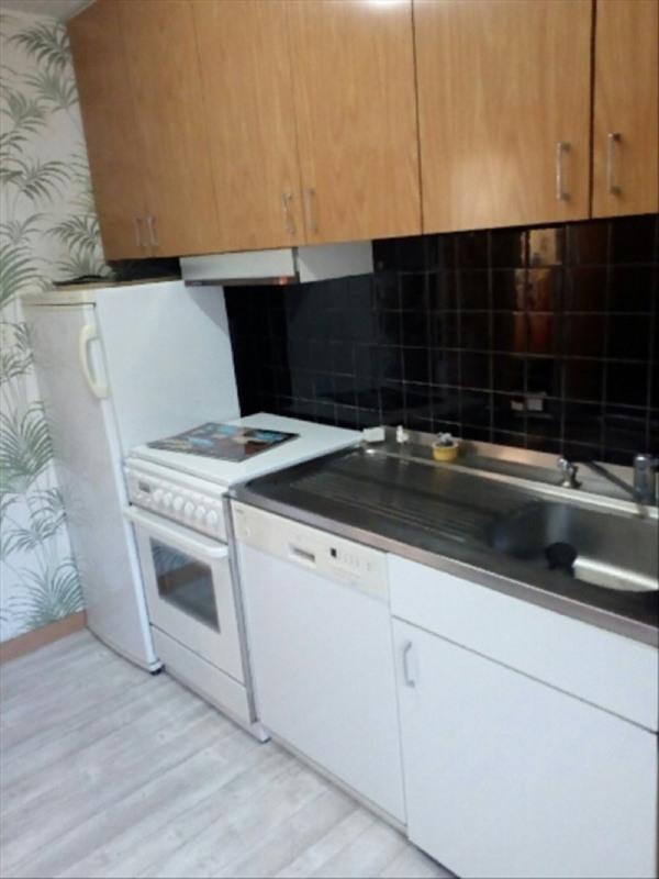 Sale house / villa La bruffiere 95500€ - Picture 2