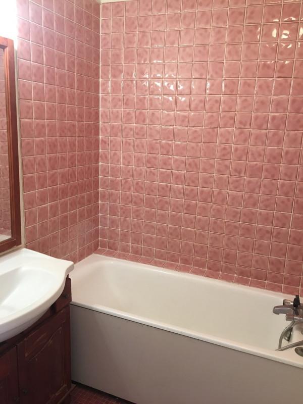 Rental apartment Courbevoie 810€ CC - Picture 4