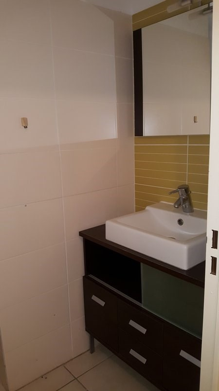Location appartement Ste clotilde 850€ CC - Photo 10