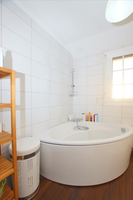 Vente maison / villa Andresy 405000€ - Photo 10
