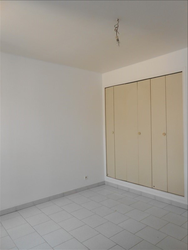 Rental apartment Martigues 640€ CC - Picture 4
