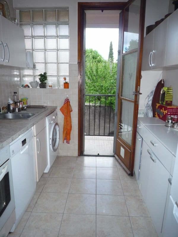 Rental apartment Aix en provence 1270€ CC - Picture 3