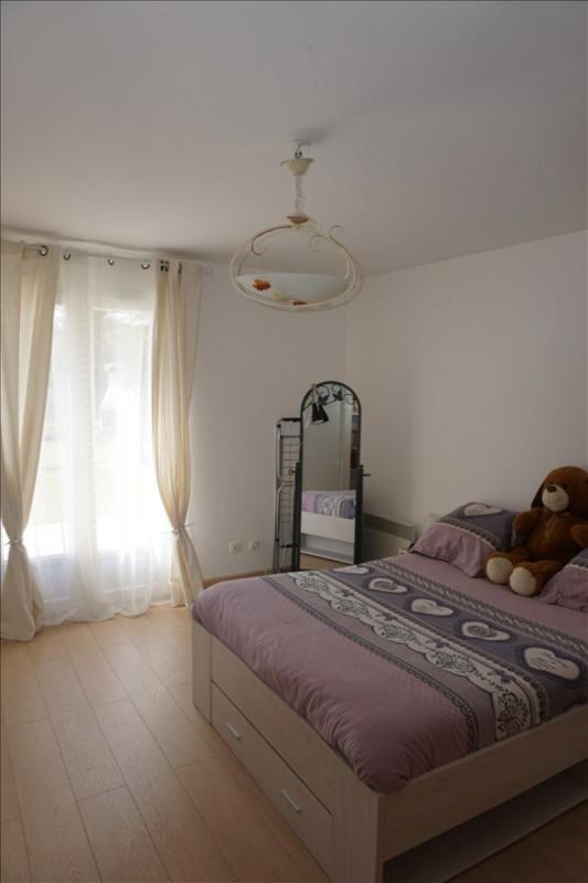 Sale house / villa St yzan de soudiac 184000€ - Picture 6