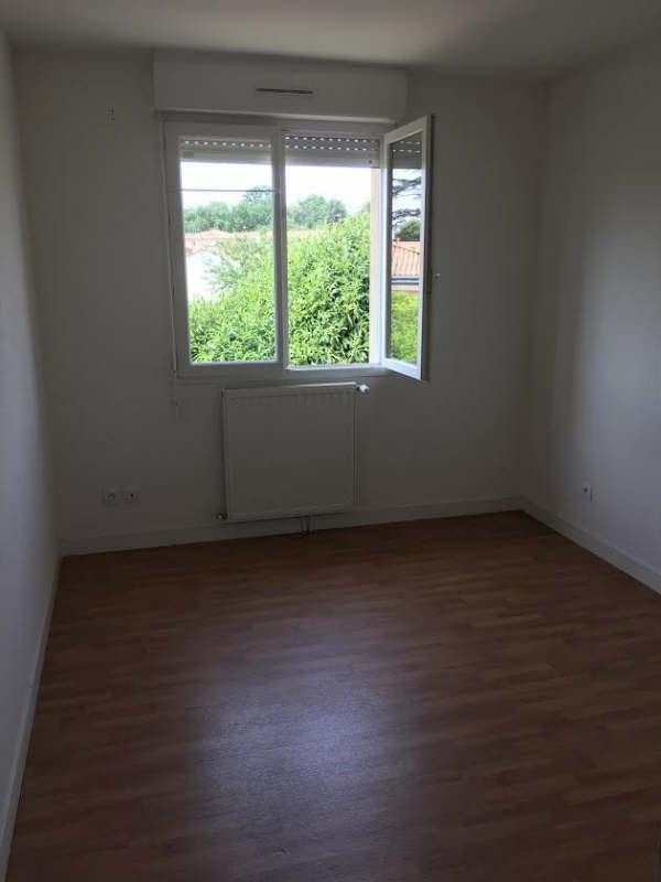 Rental house / villa Biard 658€ CC - Picture 6
