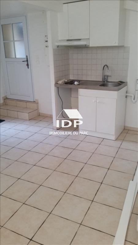 Location appartement Corbeil-essonnes 480€ CC - Photo 2