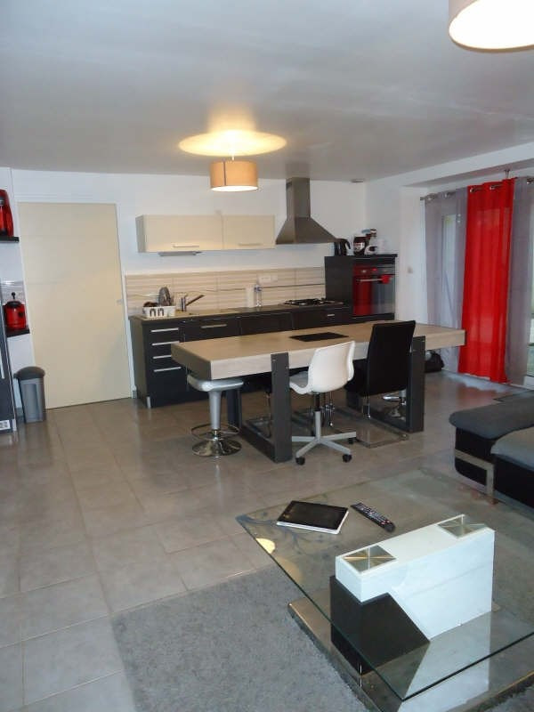 Rental apartment Bourg blanc 540€ CC - Picture 1