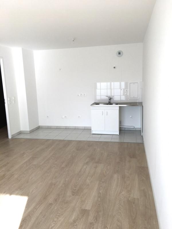Rental apartment Asnières-sur-seine 990€ CC - Picture 4