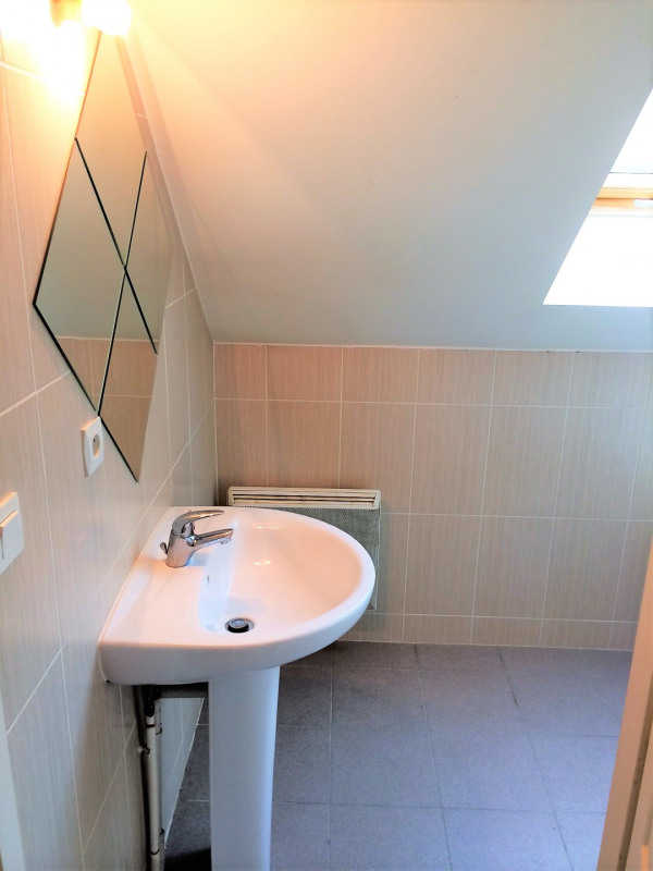 Location appartement Chars 578€ CC - Photo 8