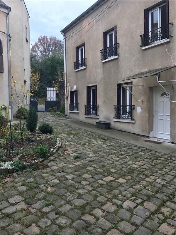 Rental apartment Chaville 799€ CC - Picture 1