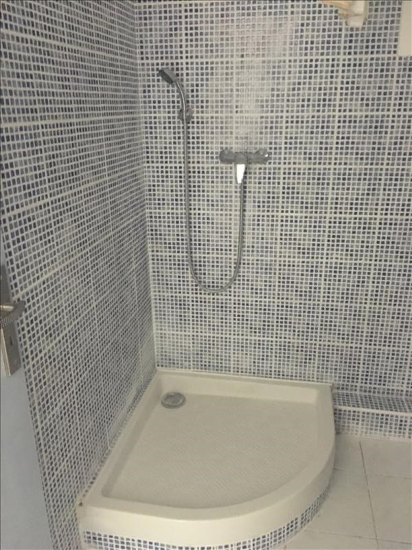 Location appartement Toulon 540€ CC - Photo 4
