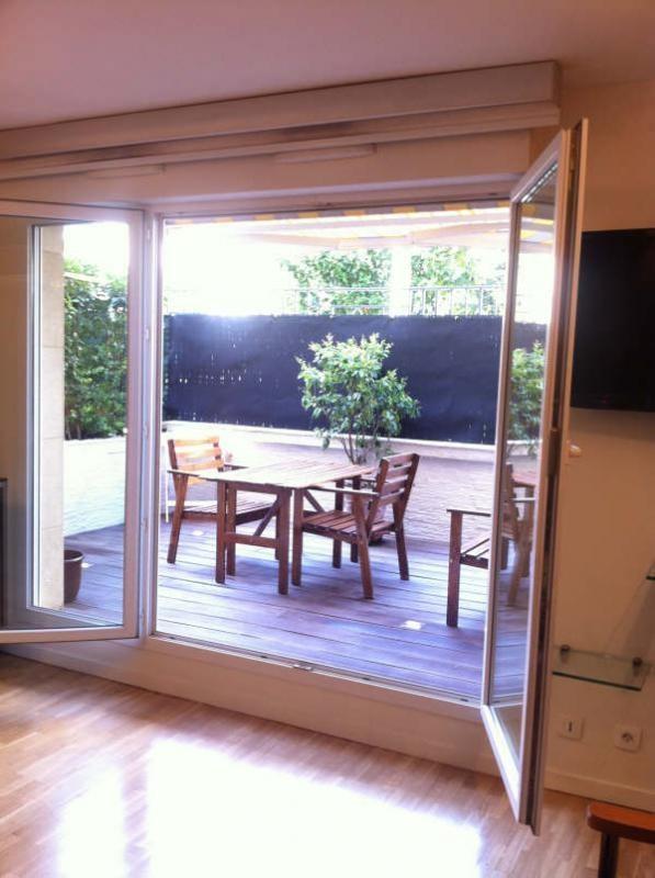 Venta  apartamento Courbevoie 210000€ - Fotografía 2
