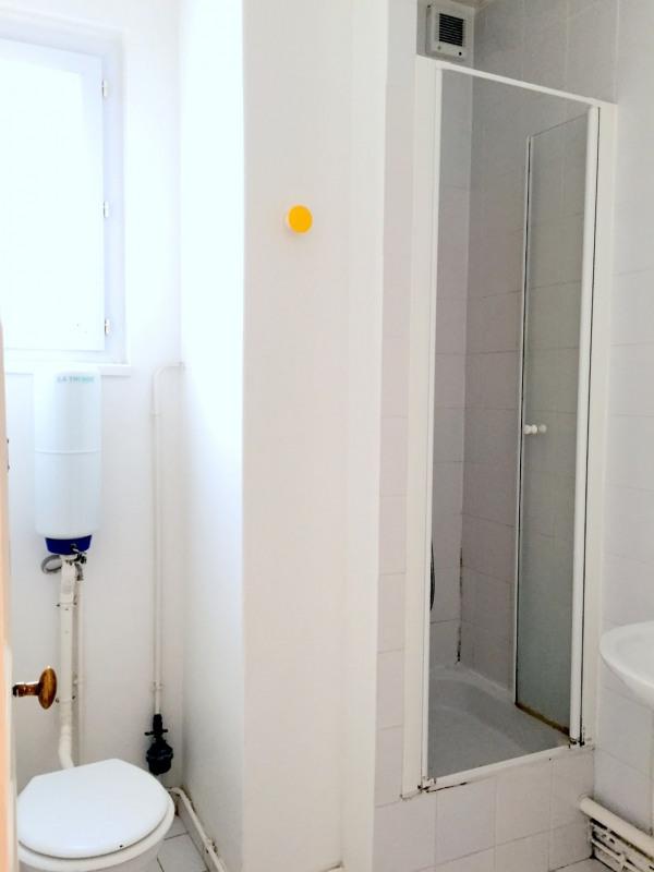 Location appartement Paris 15ème 1342€ CC - Photo 10