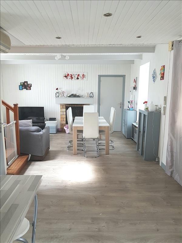 Sale house / villa Elliant 129470€ - Picture 1