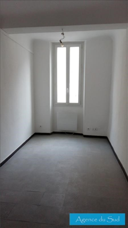 Location appartement Auriol 410€ CC - Photo 1