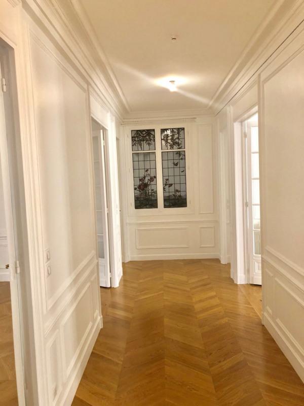 Rental apartment Paris 16ème 3880€ CC - Picture 4