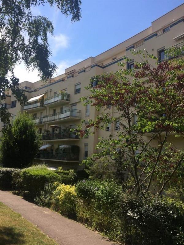 Sale apartment Eaubonne 119500€ - Picture 1