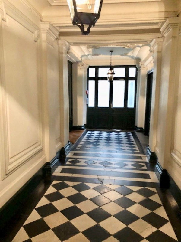 Sale apartment Paris 1er 530 000€ - Picture 2