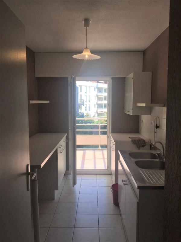 Location appartement Aubagne 955€ CC - Photo 4