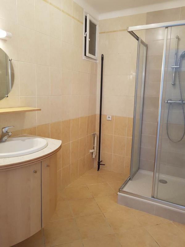 Location appartement Annemasse 1190€ CC - Photo 6