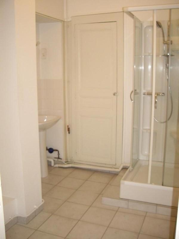 Location appartement Le coteau 450€ CC - Photo 4