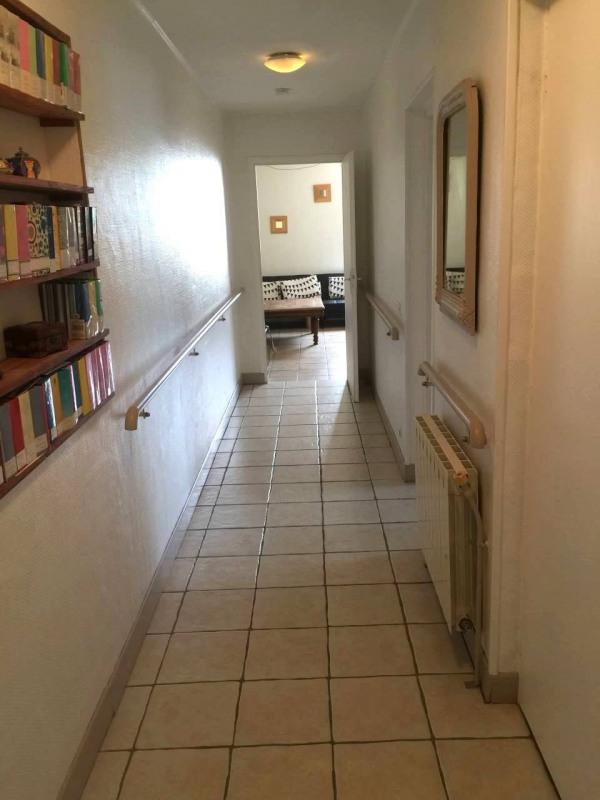 Investment property house / villa Gensac-la-pallue 420000€ - Picture 8