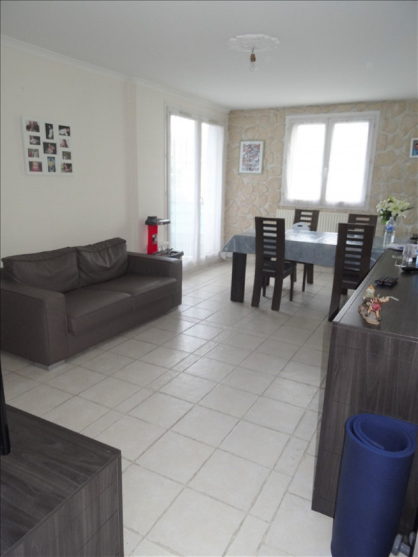 Sale apartment Eragny 179 800€ - Picture 1