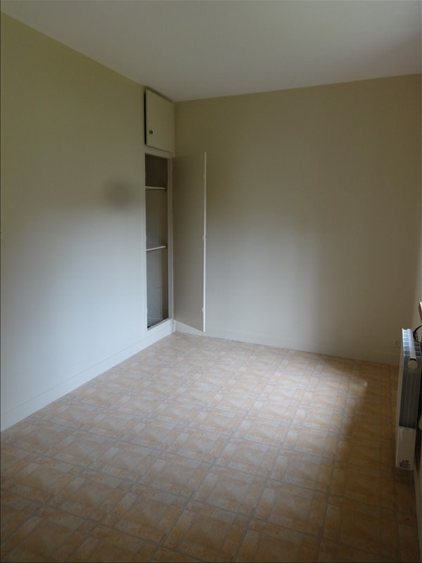 Rental apartment La roche guyon 450€ CC - Picture 2