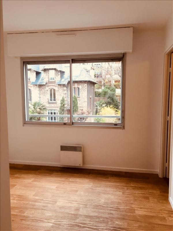 Location appartement Courbevoie 920€ CC - Photo 5