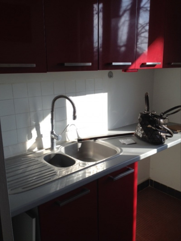Rental apartment Marly le roi 1 031€ CC - Picture 3