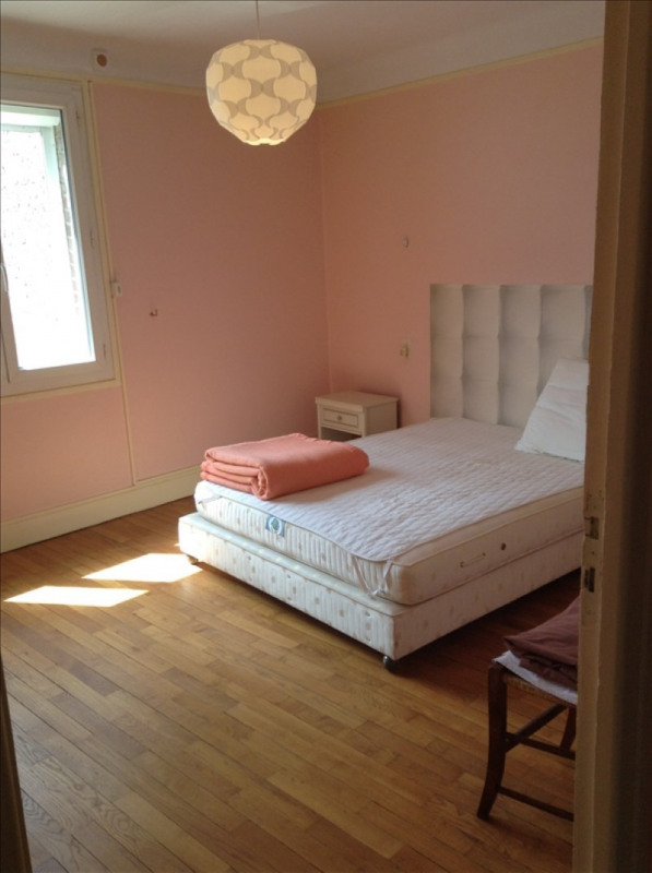 Rental apartment St quentin 950€ CC - Picture 3