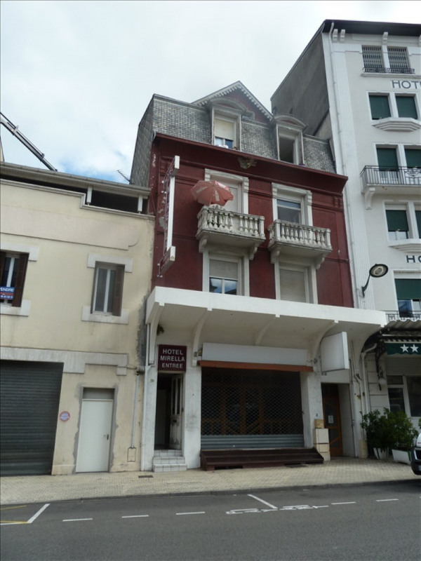 Sale building Lourdes 209 000€ - Picture 1