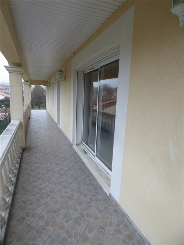 Rental apartment Aussillon 650€ CC - Picture 1