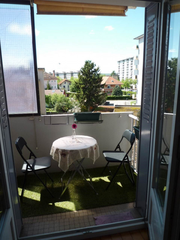 Sale apartment Annecy 228 000€ - Picture 1