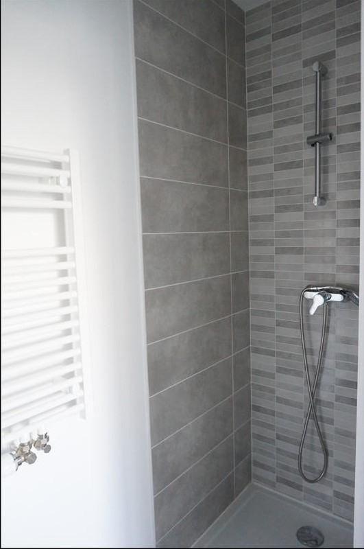 Vente maison / villa Castelginest 341900€ - Photo 9