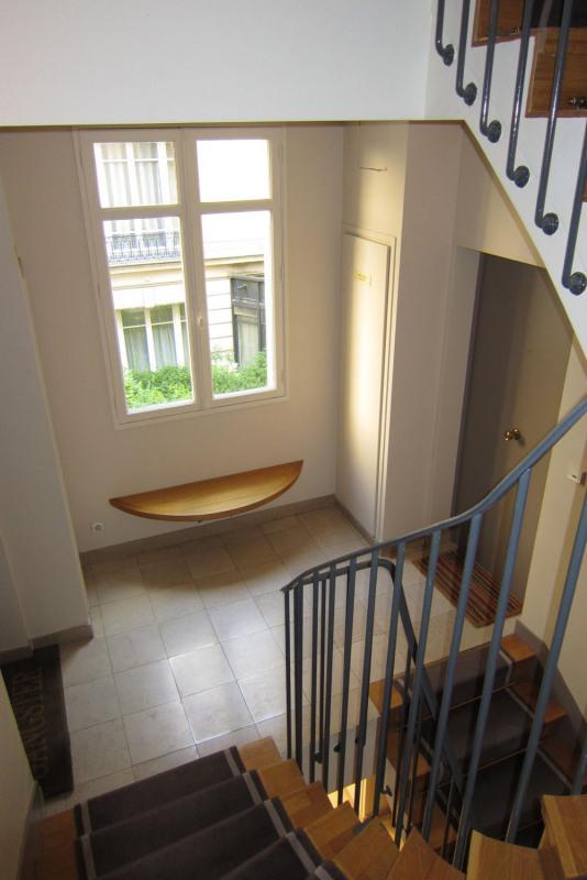Rental apartment Paris 9ème 1590€ CC - Picture 17