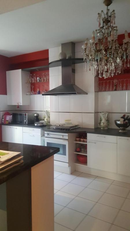 Sale house / villa Vichy 259500€ - Picture 4