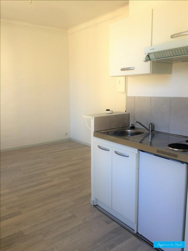 Location appartement Aubagne 460€ CC - Photo 1
