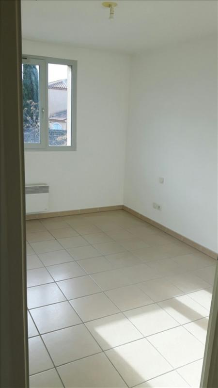 Location appartement Poussan 530€ CC - Photo 4