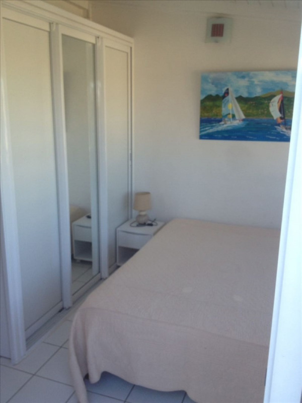 Location appartement Ste anne 1 150€ CC - Photo 10