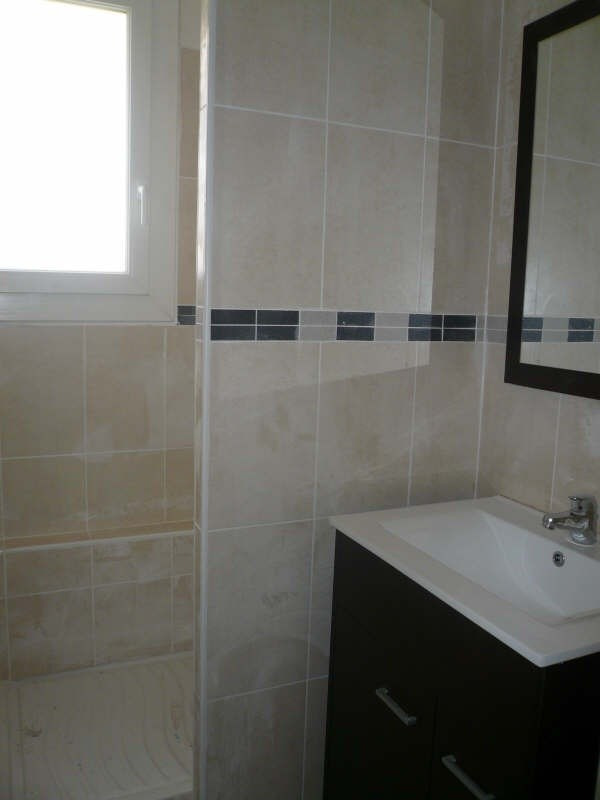 Location appartement Nimes 480€ CC - Photo 6