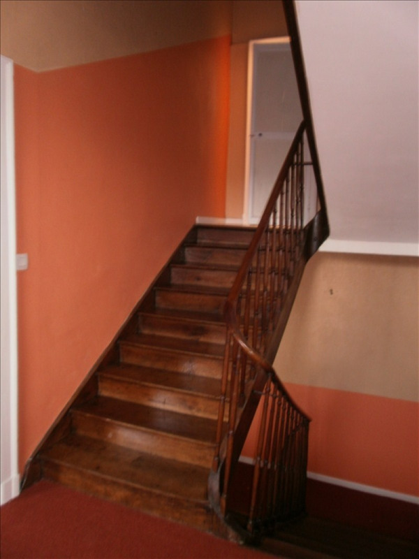 Location maison / villa Gan 880€ CC - Photo 5