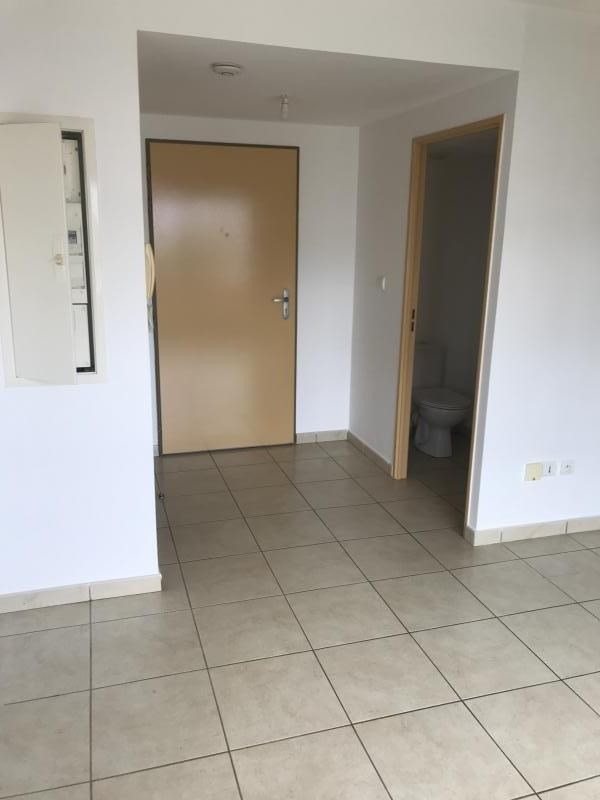 Rental apartment St gilles les bains 700€ CC - Picture 3