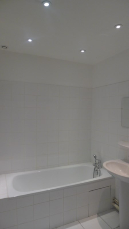 Location appartement Oullins 606€ CC - Photo 2