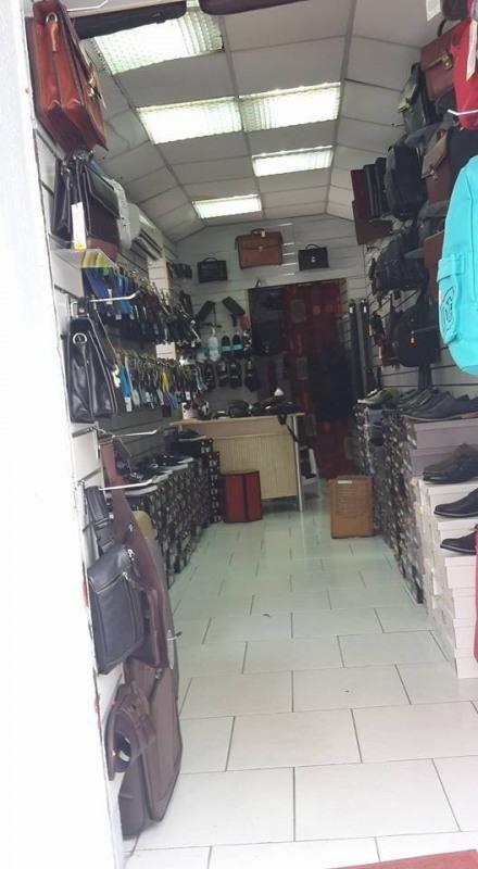 Cession de bail boutique Basse terre 322€ - Photo 1