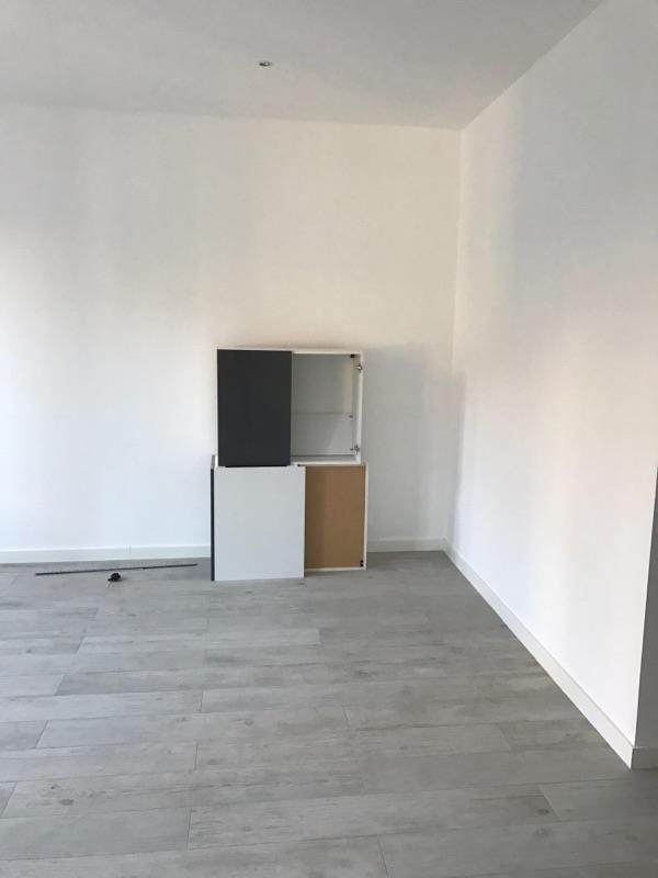 Rental apartment Marseille 6ème 670€ CC - Picture 5