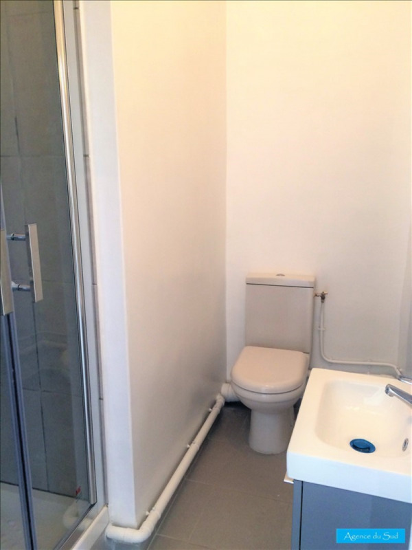 Location appartement Aubagne 460€ CC - Photo 4