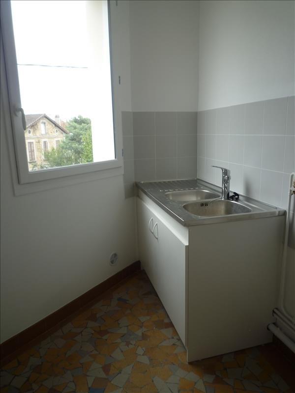 Rental apartment Villemomble 880€ CC - Picture 3